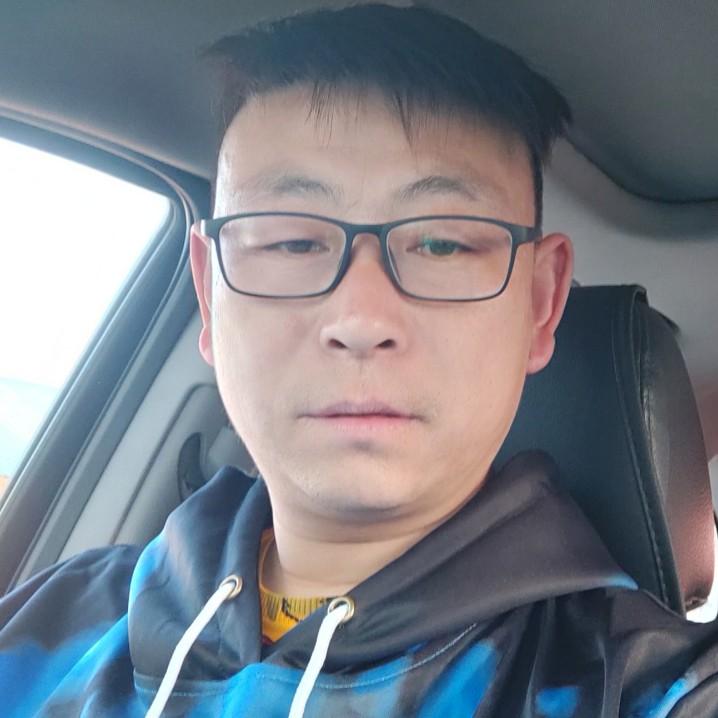 闫永飞的照片