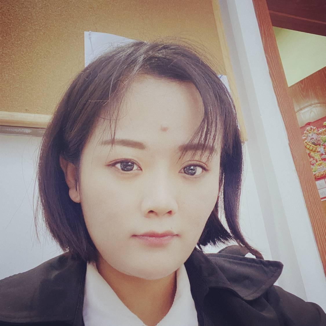 贤惠浅吻凉笙的照片