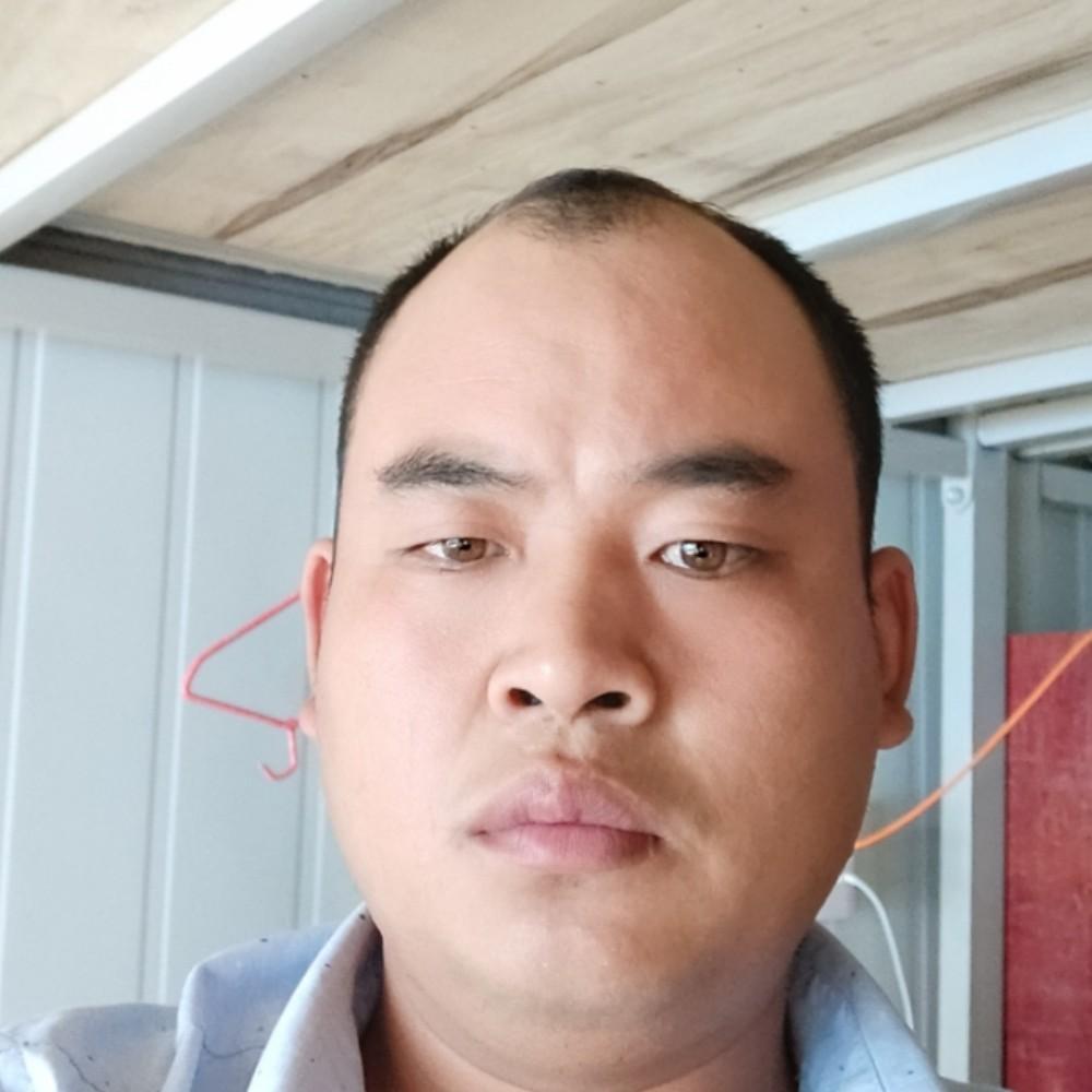 印桂兵的照片