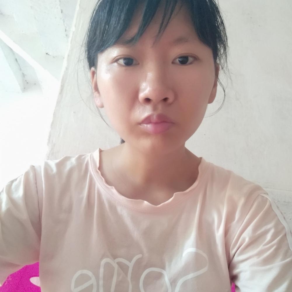 龙丹丹的照片