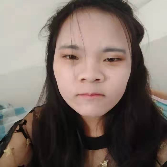 云南小女孩儿的照片