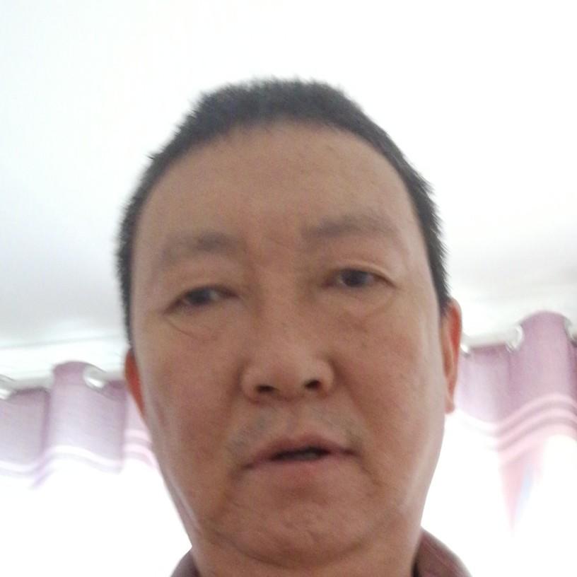 岳朝宇的照片