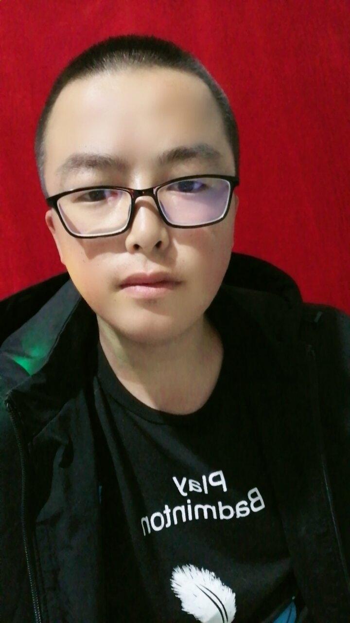 b张旭峰的照片