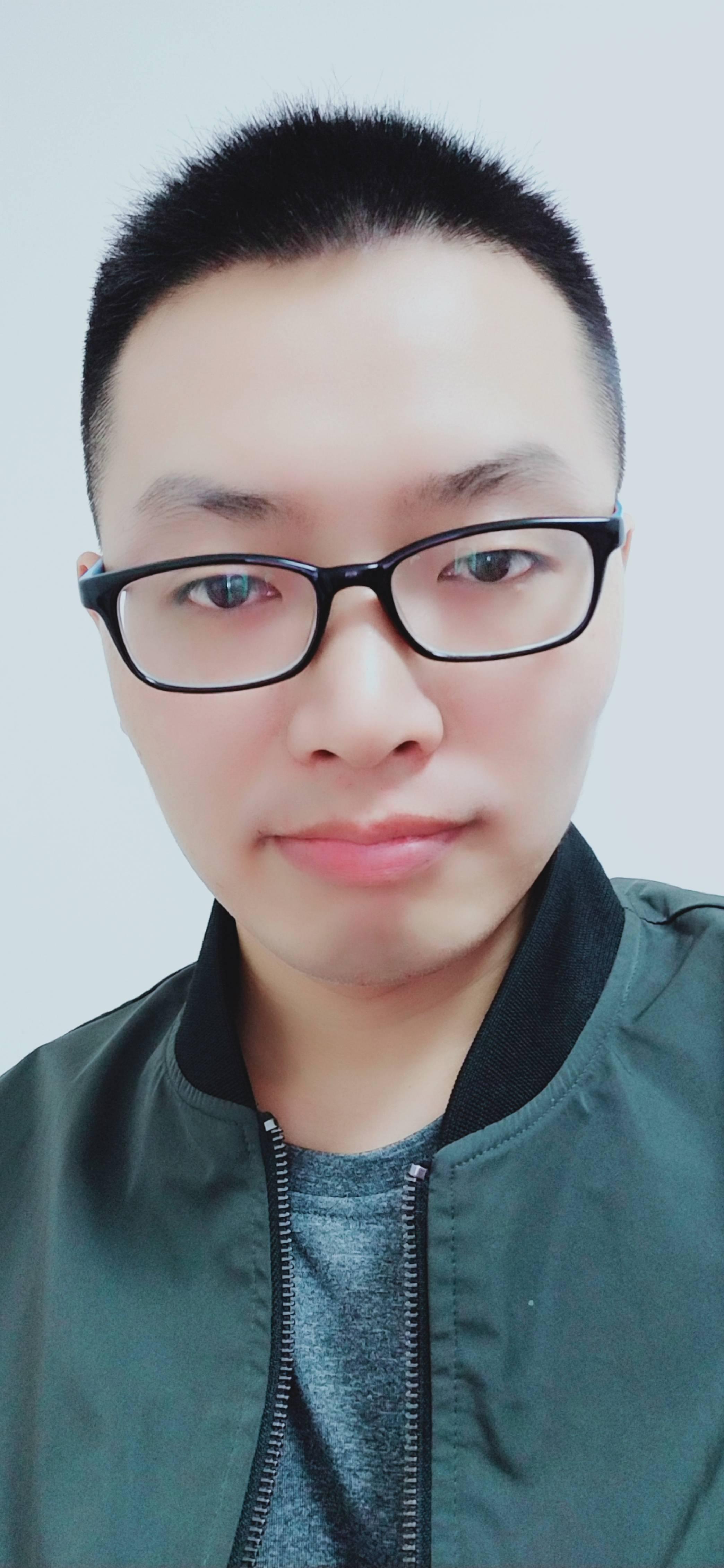 尹口君照片