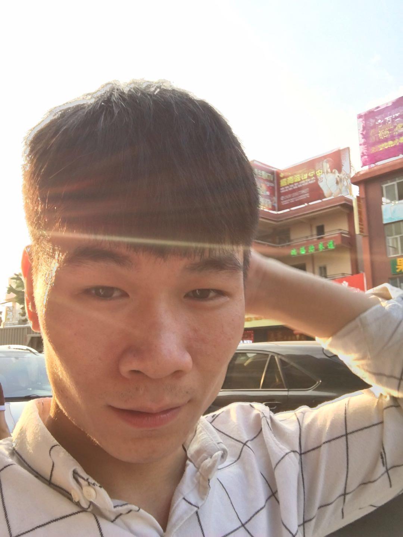 陈杜钦的照片