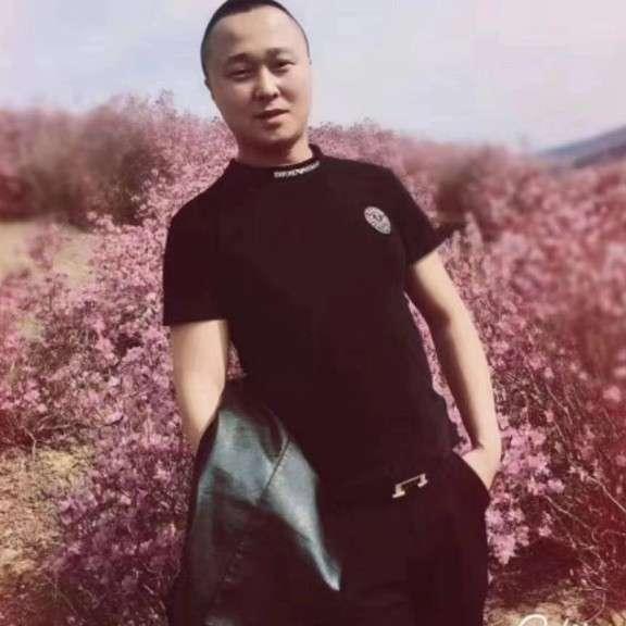 护花使者999的照片
