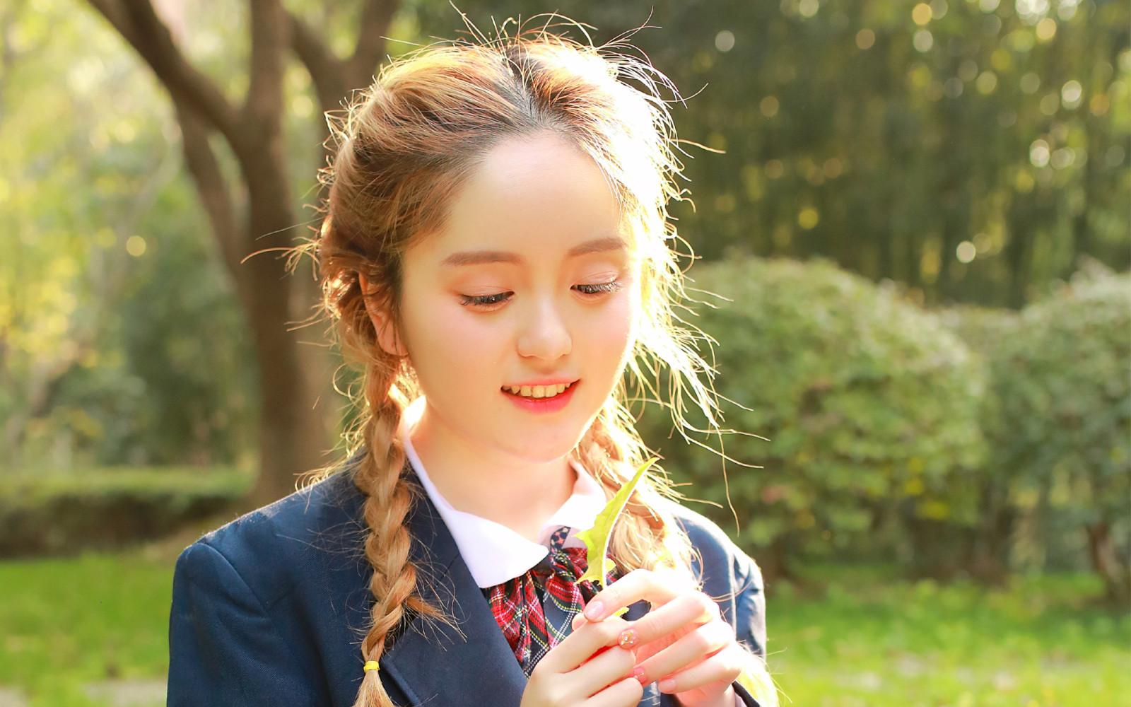 上海我主良緣三對一服務:擁有自信,擁抱愛情