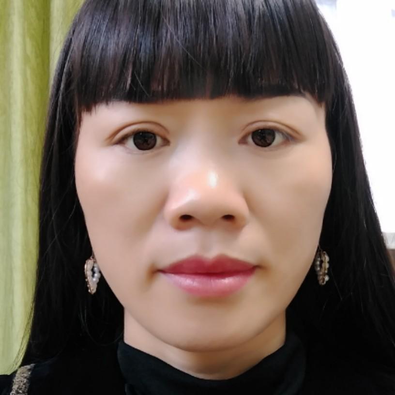 红唇玉齿的照片