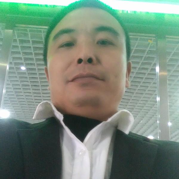 刘堂武的照片