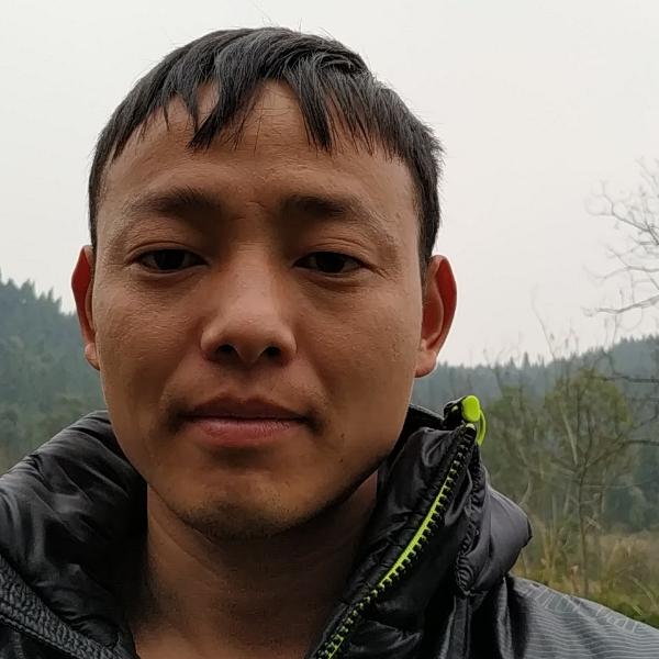 王川江的照片