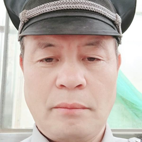 呓语现实华哥的照片