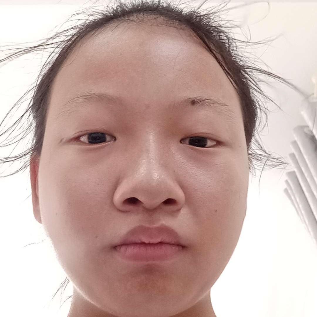 李远琴的照片