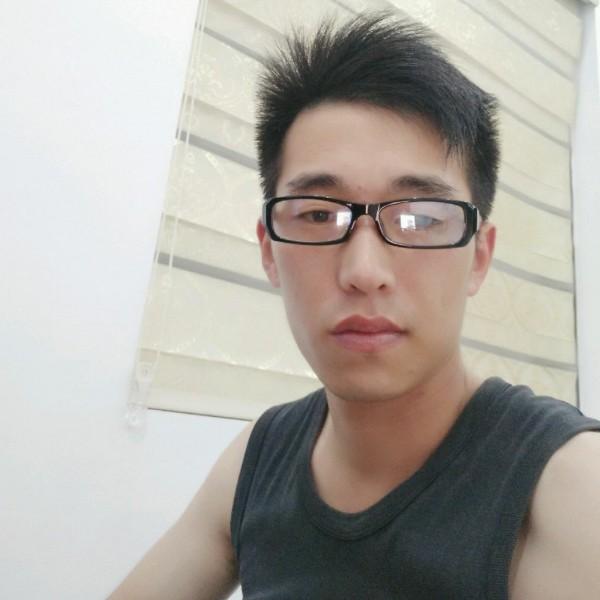 藍玥鳳羽的照片