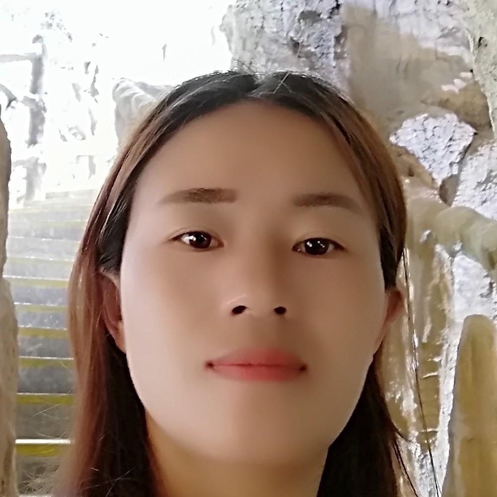 李琴夢姑的照片