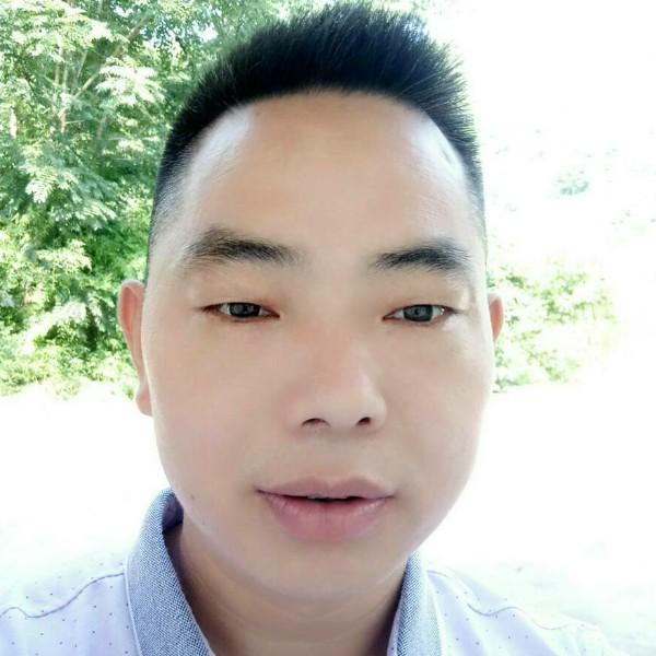 邓飞龙的照片