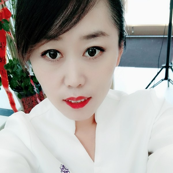 艾莉馨的照片