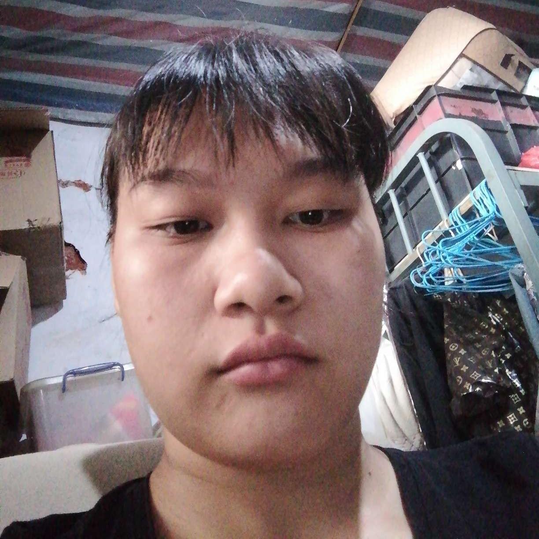 刘素的照片