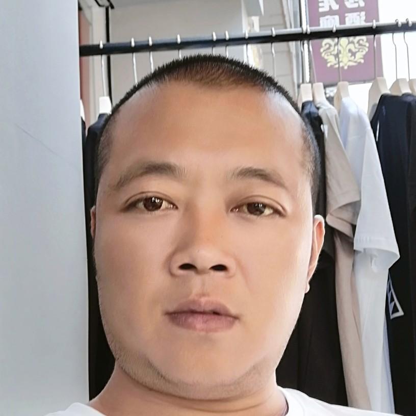 李杨铨的照片