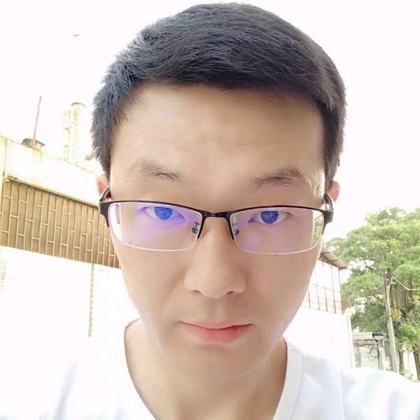 秦小白照片