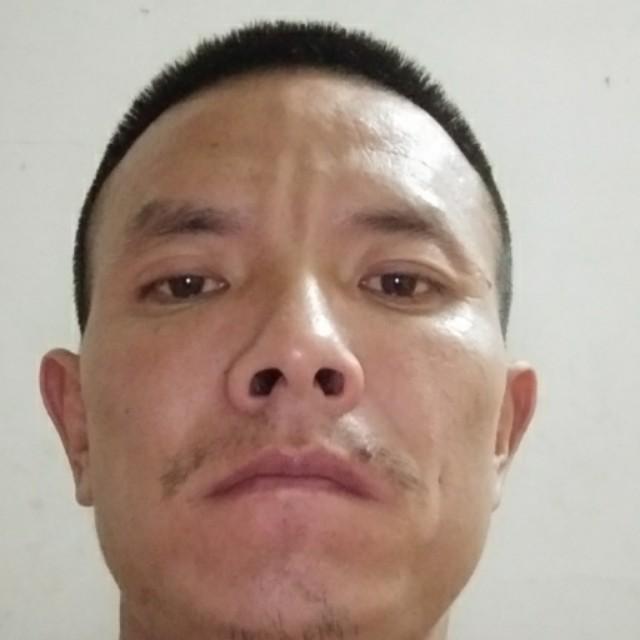 感性巨人刘军的照片
