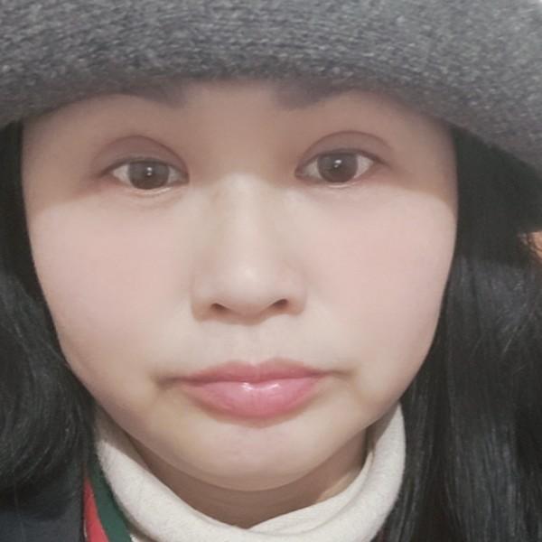 薇薇燕姐的照片