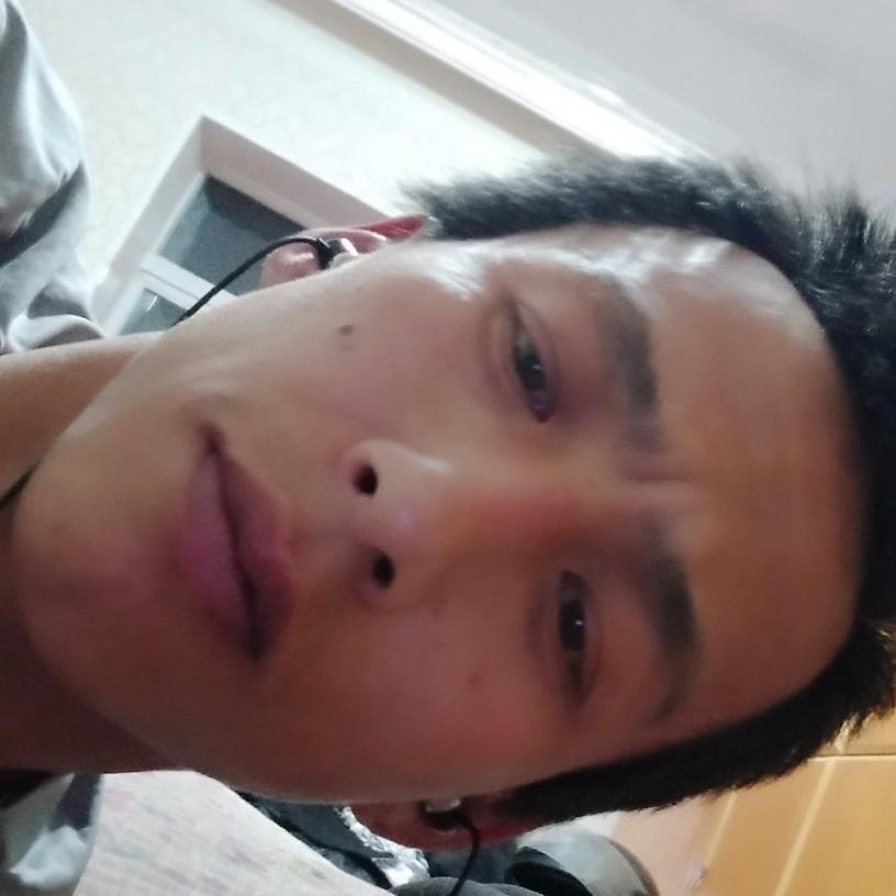 岳桂洪的照片