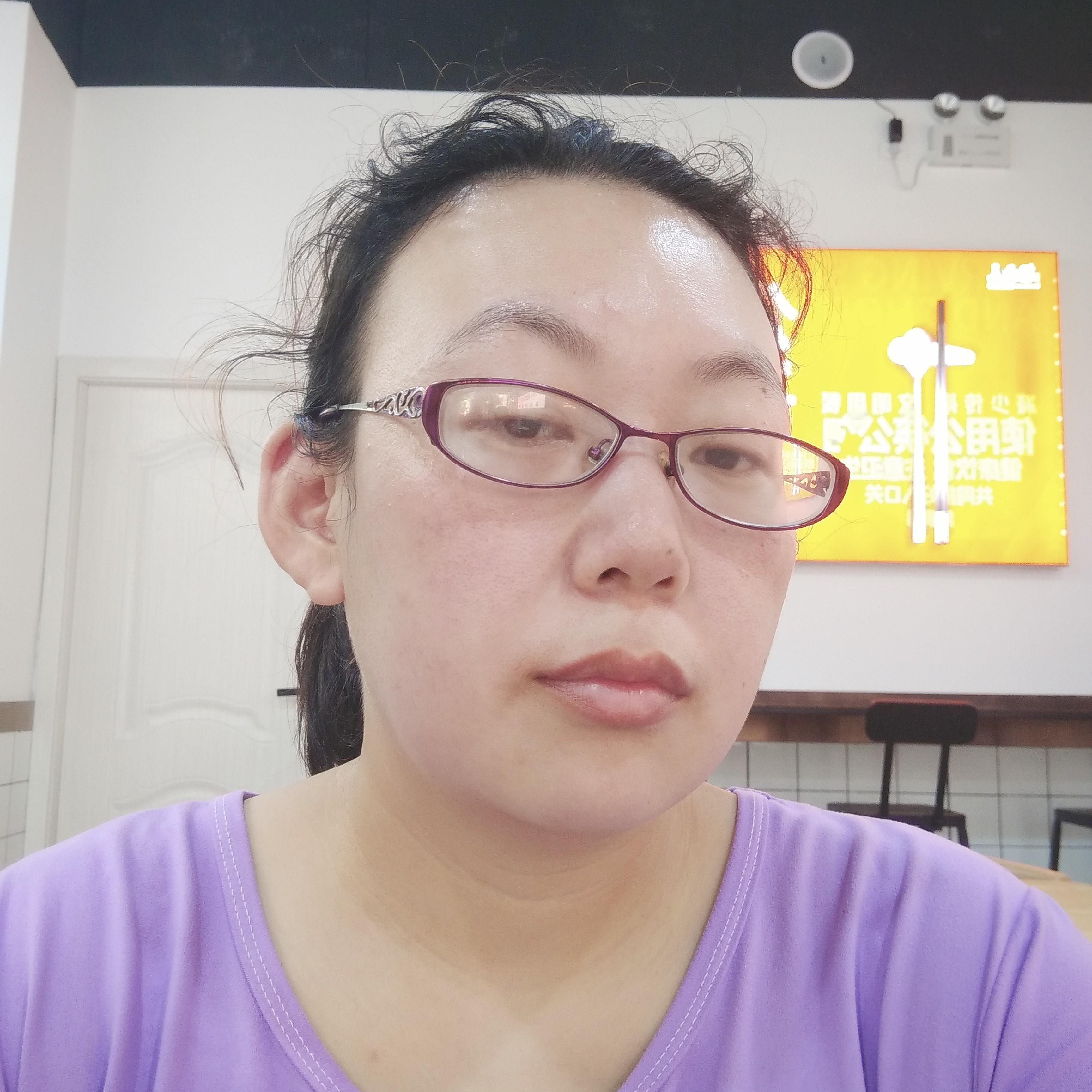衬衫的缥缈的照片