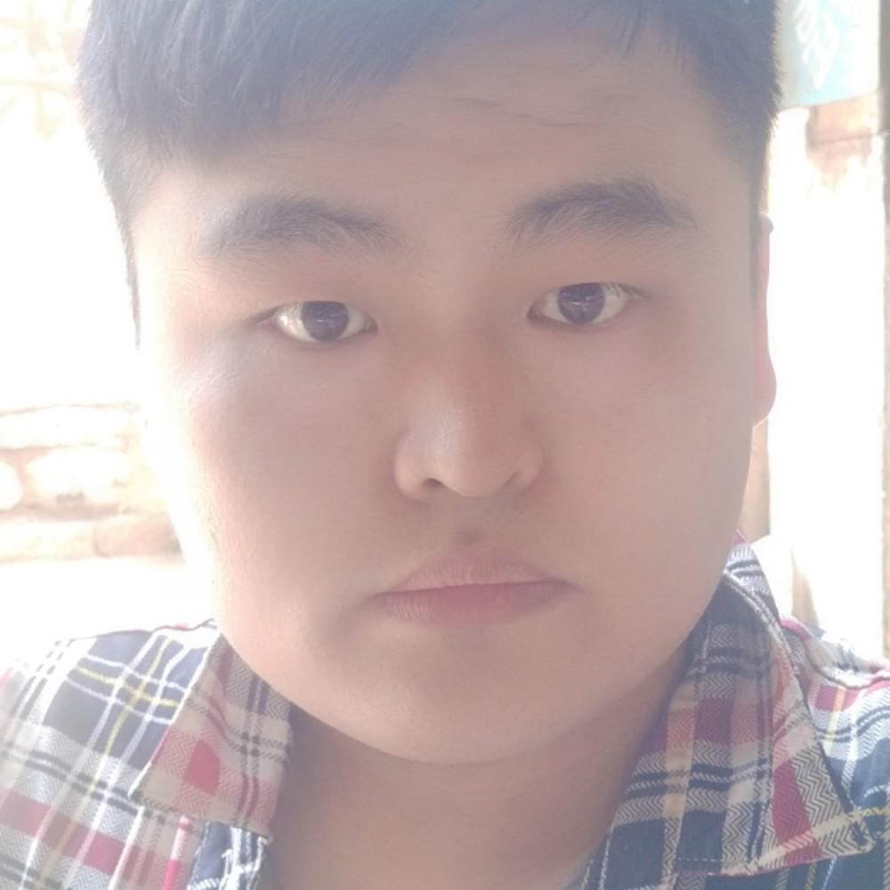 流岚年轻的照片