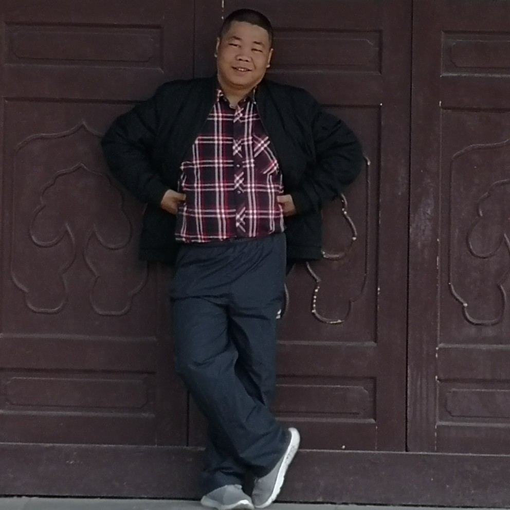 谭小龙的照片
