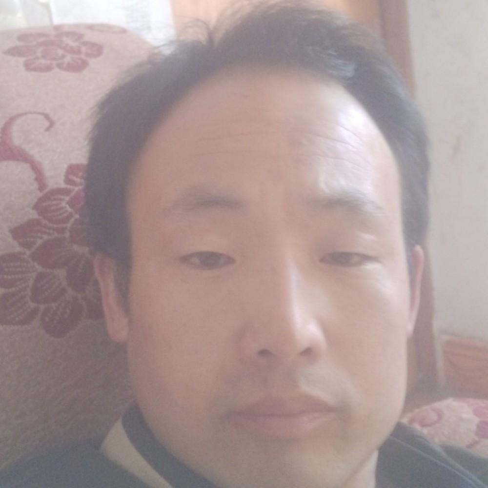 李军华的照片