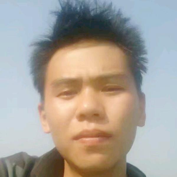 廖宇的照片