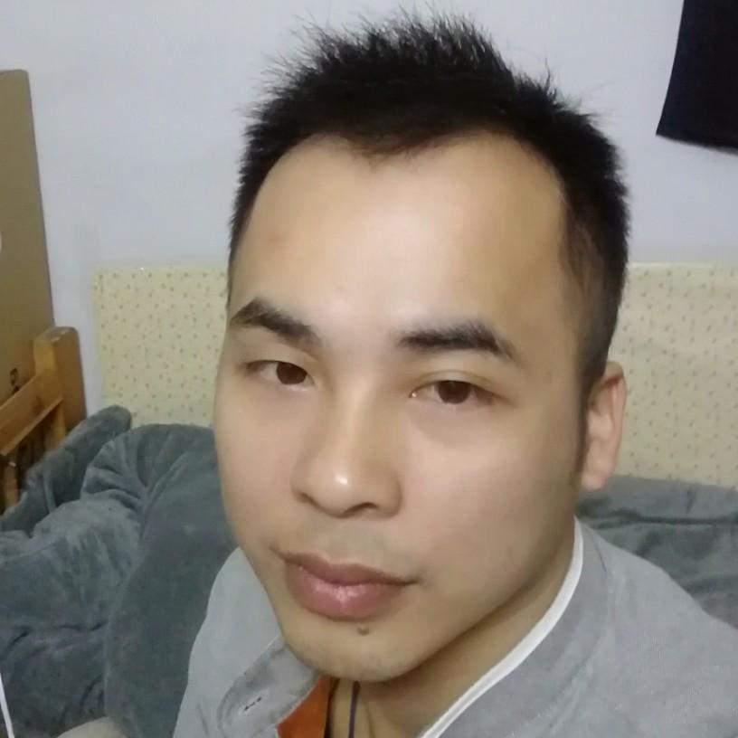 僚山三弟的照片