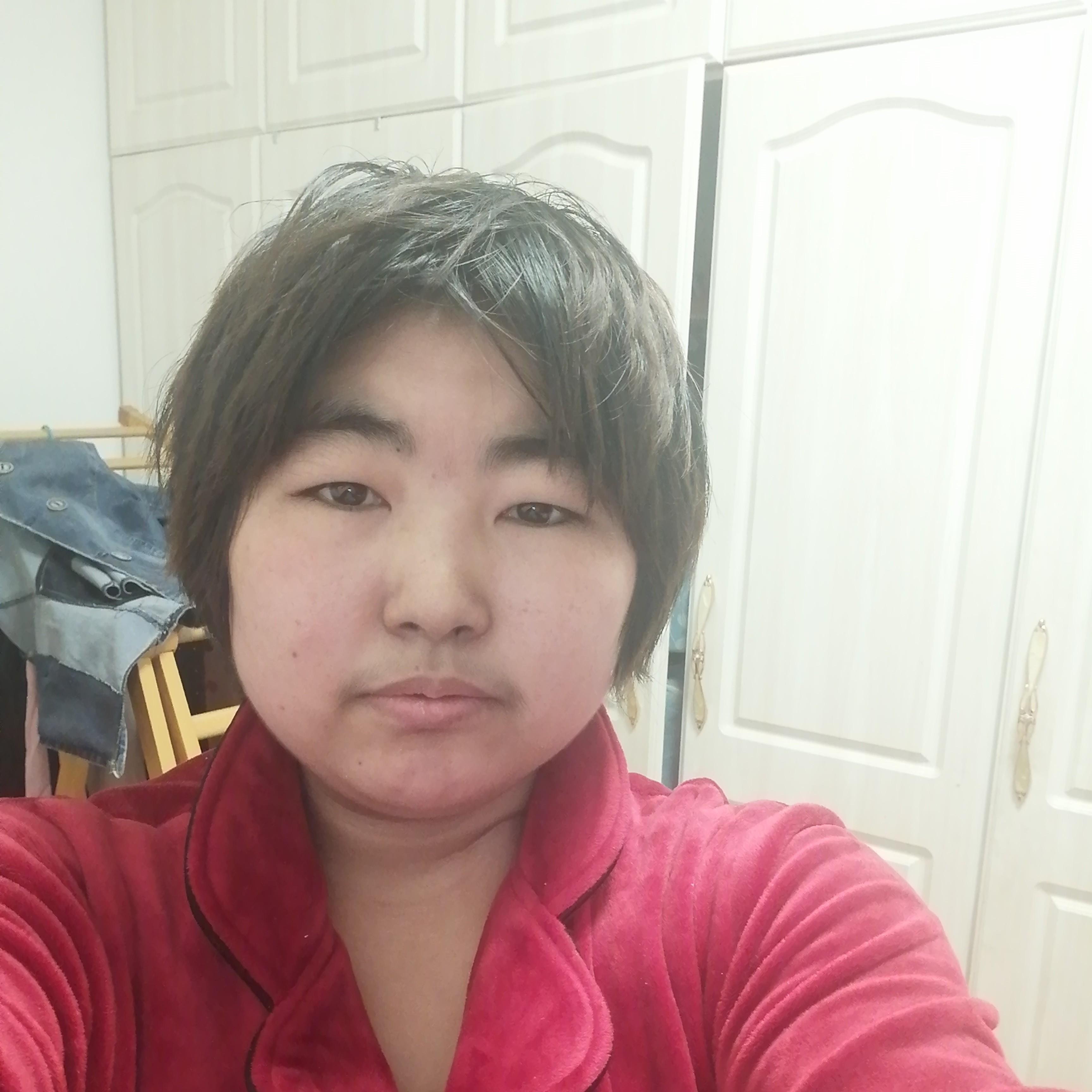 王小忧的照片