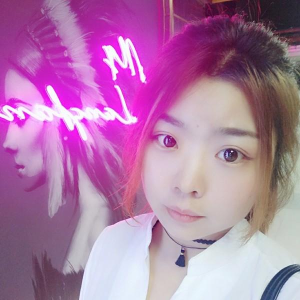 小妮子的照片