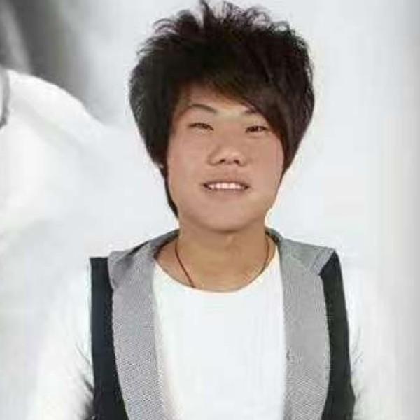 二龙湖强哥的照片